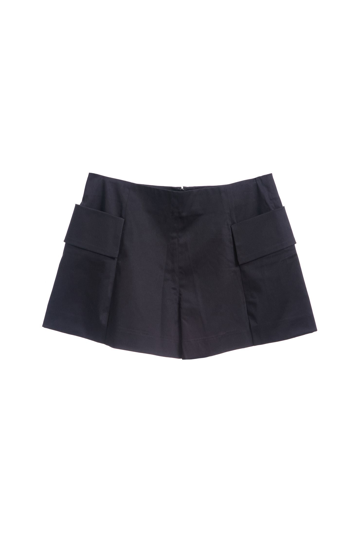 Double pocket classic design shorts