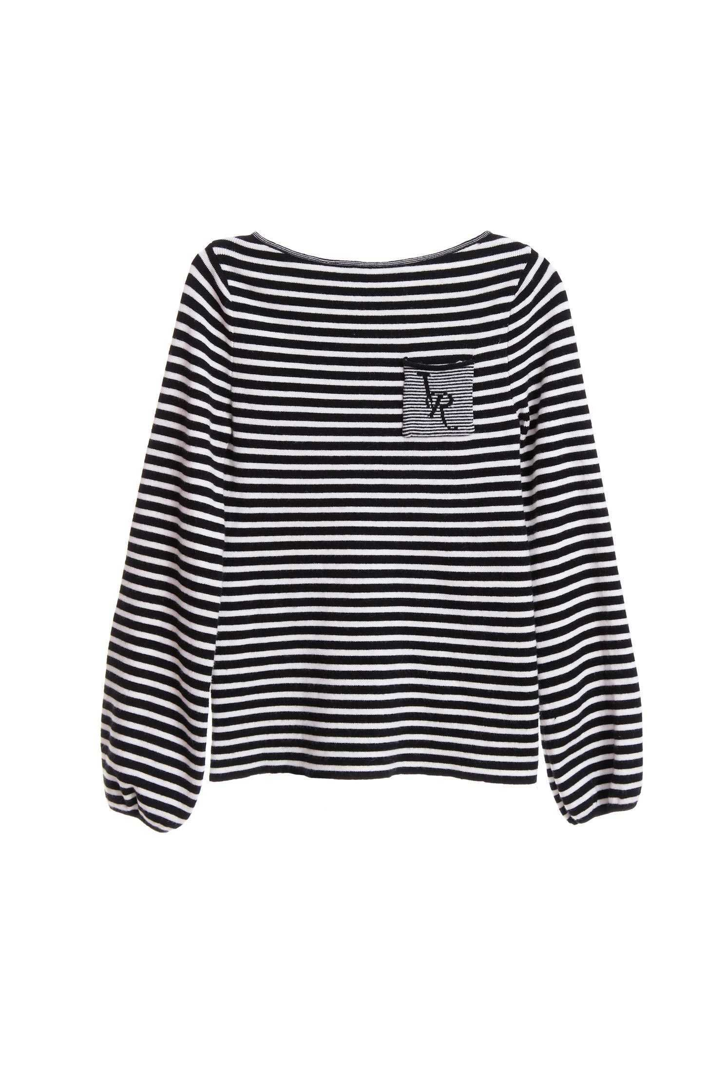 Black/white thin stripes knitting top