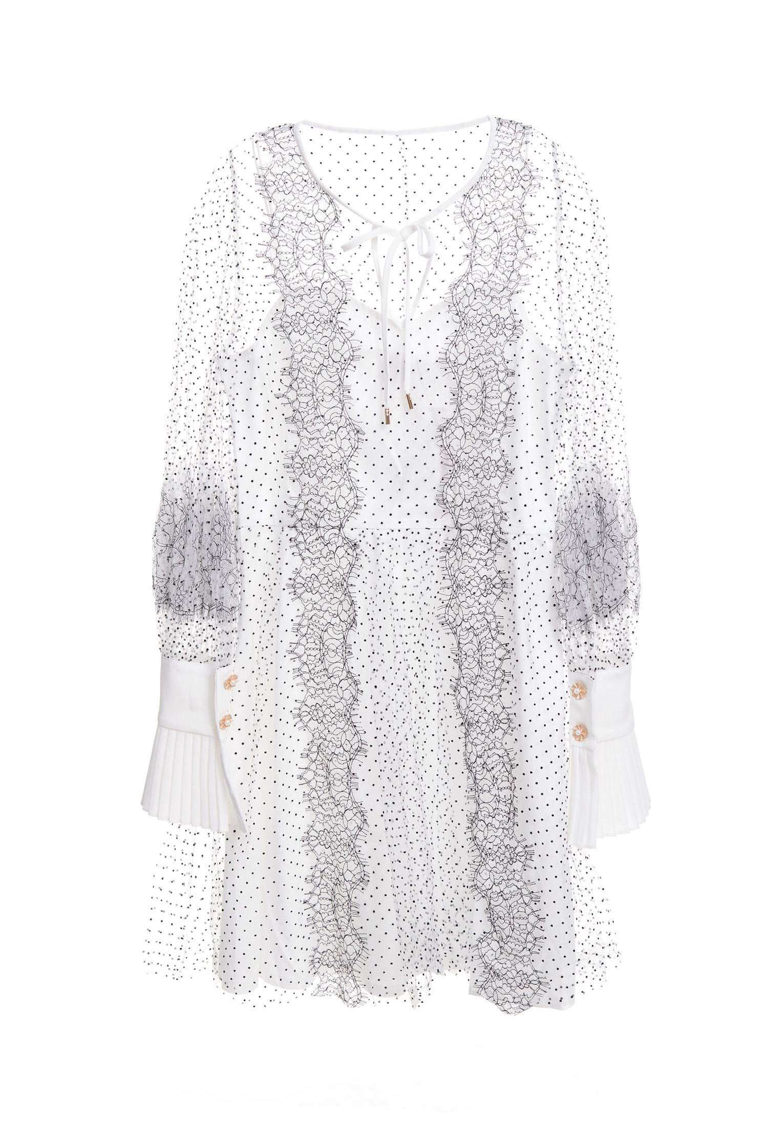 Classic sleeves, translucent long-sleeved dress