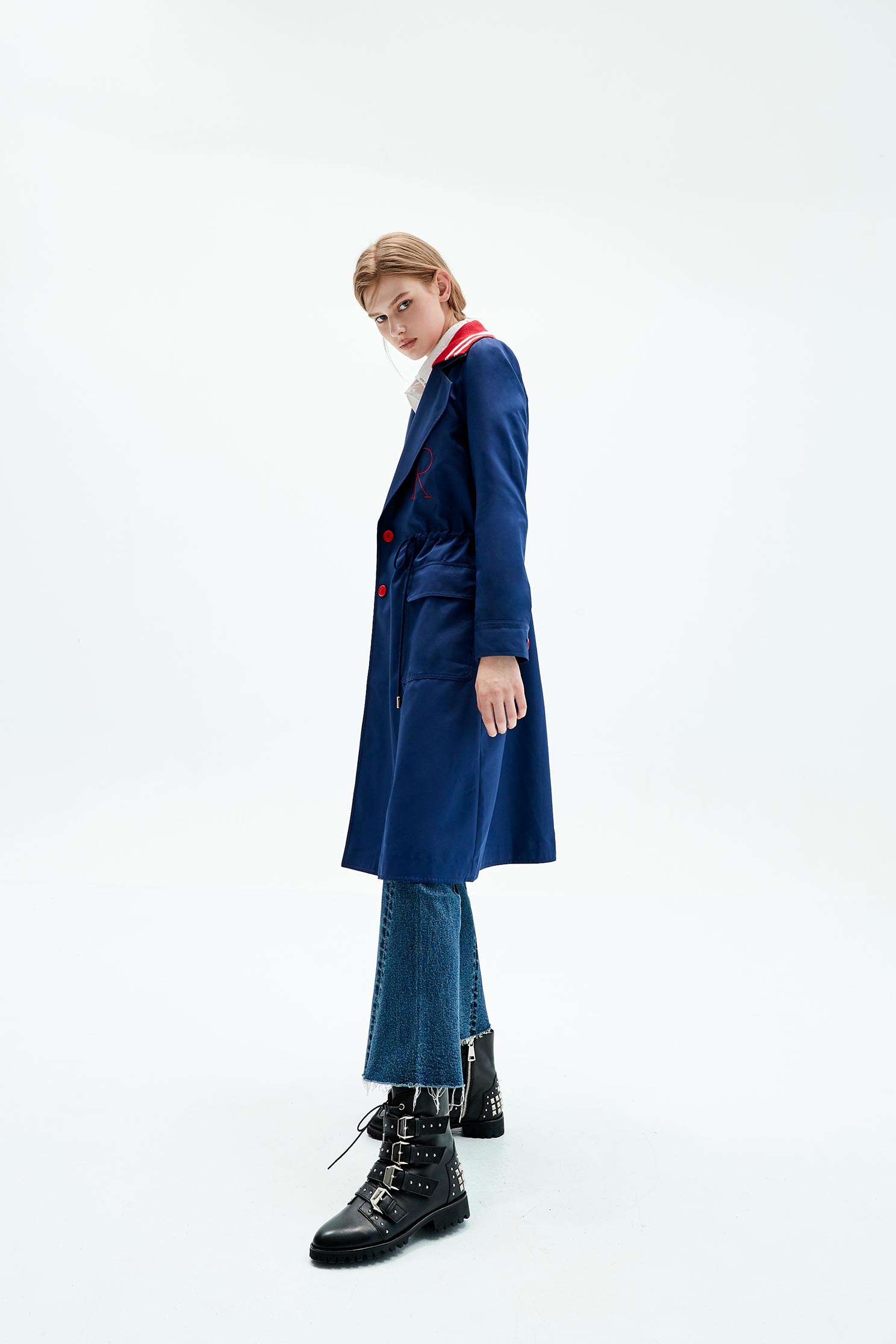 Dark blue letter embroidered trench coat,embroidery,embroidered,longsleeveouterwear,windbreaker