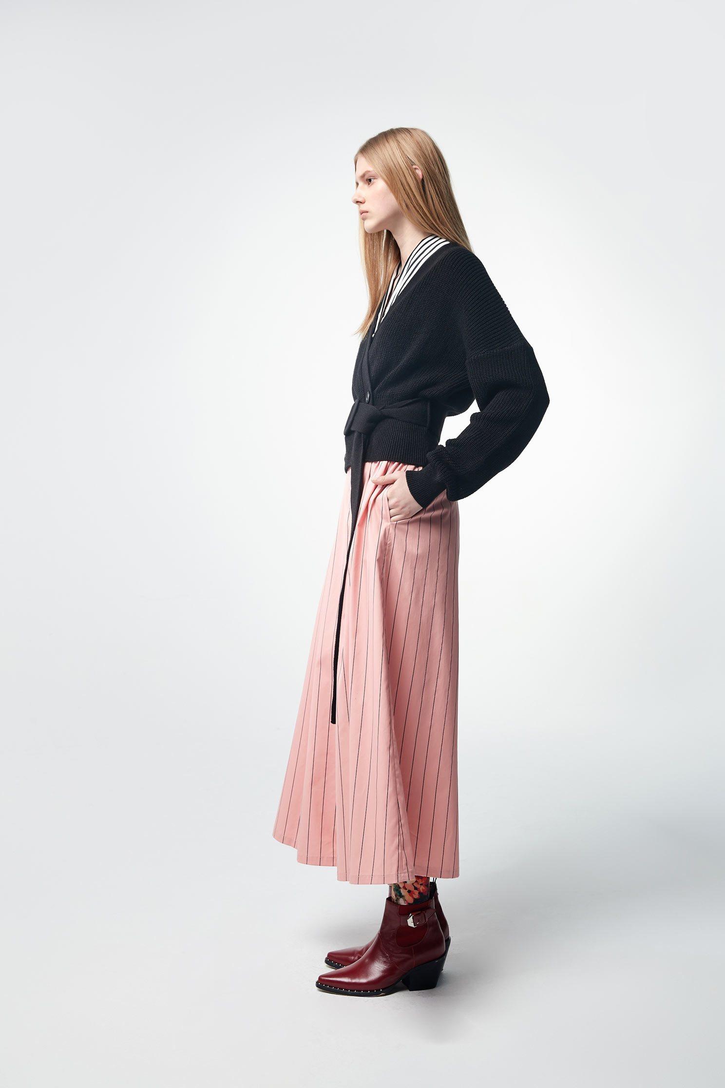 Open-cut strap long-sleeveknit jacket,outerwear,knitting,knittedjacket,longsleeveouterwear,blackouterwear