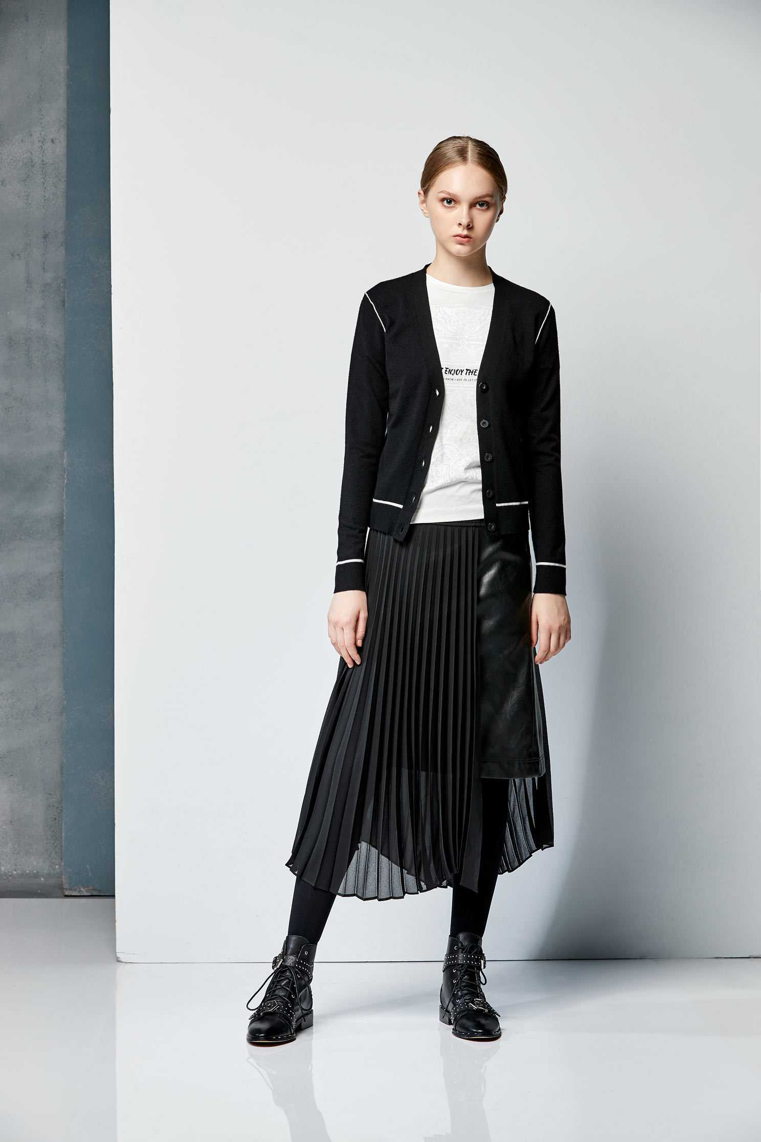 Leather mixed pleated skirt,百折,Pleated Skirt,Maxi Pleated Skirt,皮革,Long Skirt,Chiffon,Chiffon Skirt,Chiffon Long skirts,黑色裙子