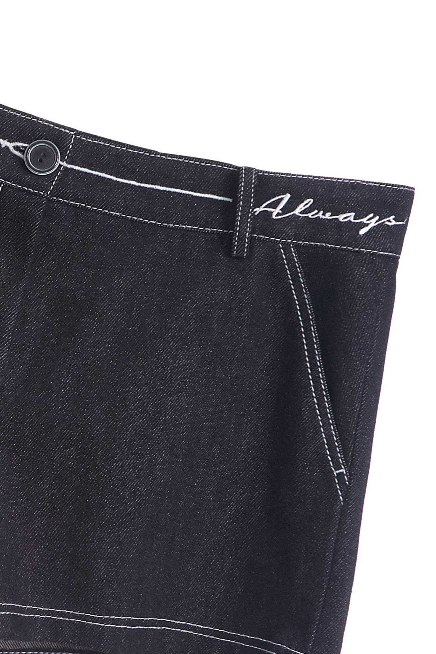 Neat white ditch denim short,Tanning,cowboy,Women's denim shorts,Jeans,Shorts,embroidered,Black jeans,黑色褲子