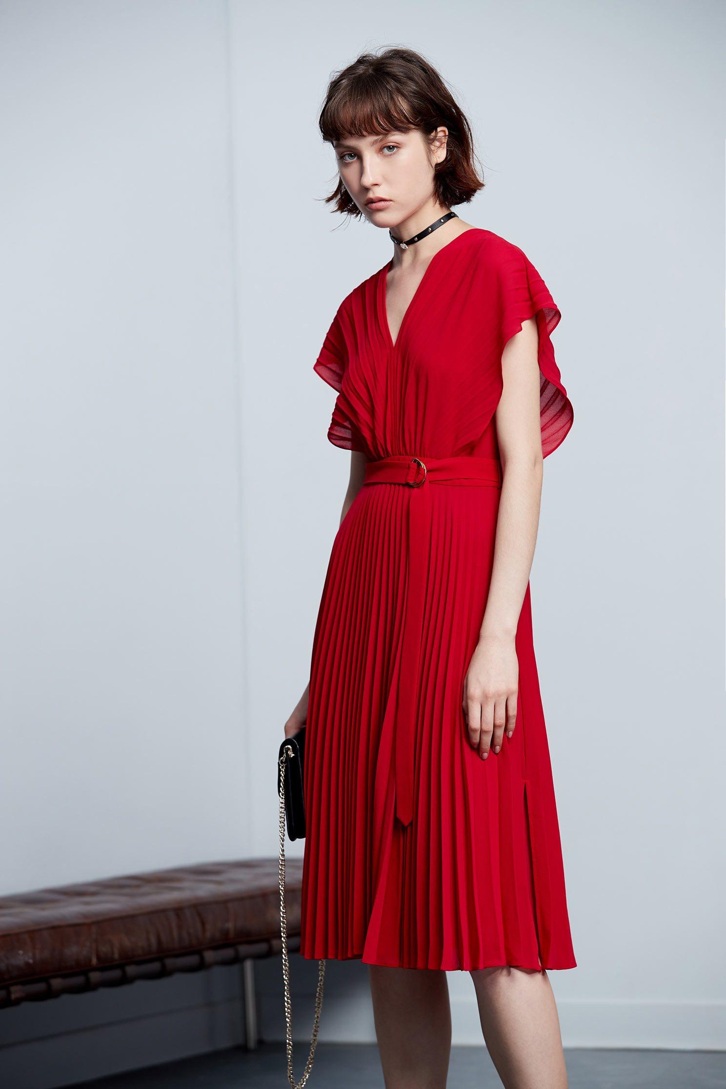 .,v-neckdress,dress,pleats,pleatedskirt,shortsleevedress