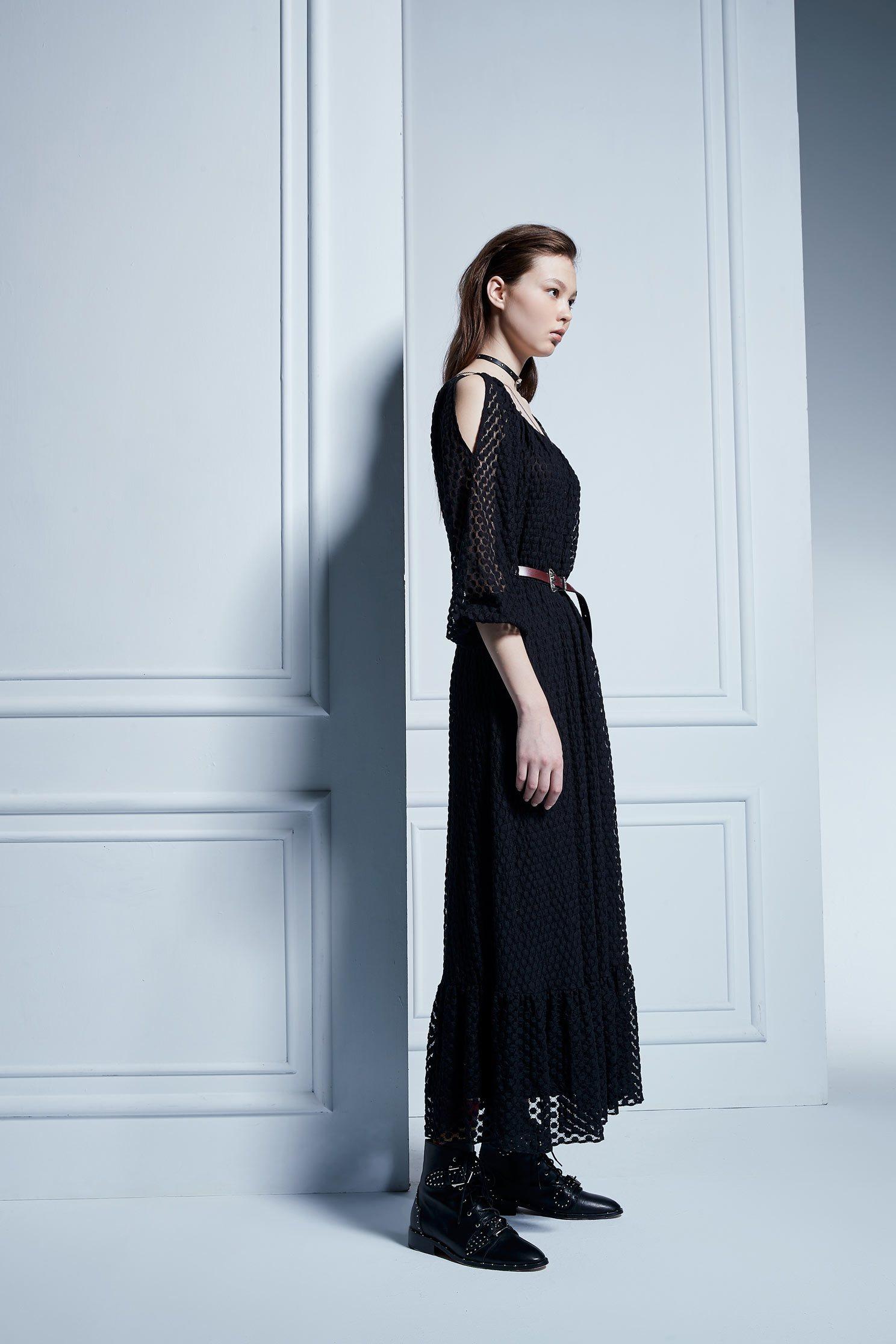 dot dress WITH CUT-OUT SHOULDERS,U-neck dress,Cocktail Dress,Lace,Lace Dress,透膚洋裝,長袖洋裝,Black dress