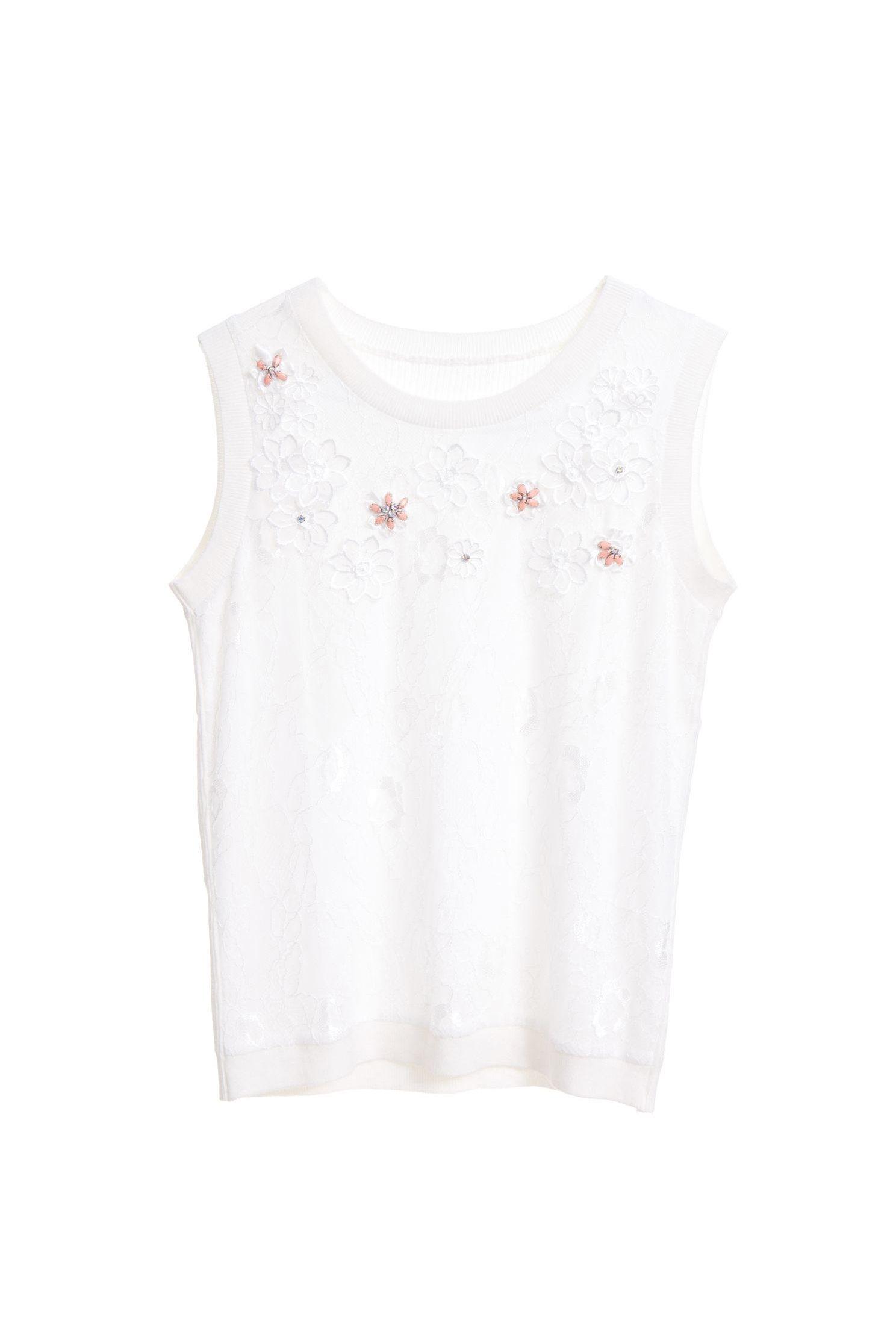 Elegantly carved fashion vest,singlet,embroidery,vest,whitevest,embroidered,vest,lace,lacevest,knitting,knittedvest,girlfriendsspringtour