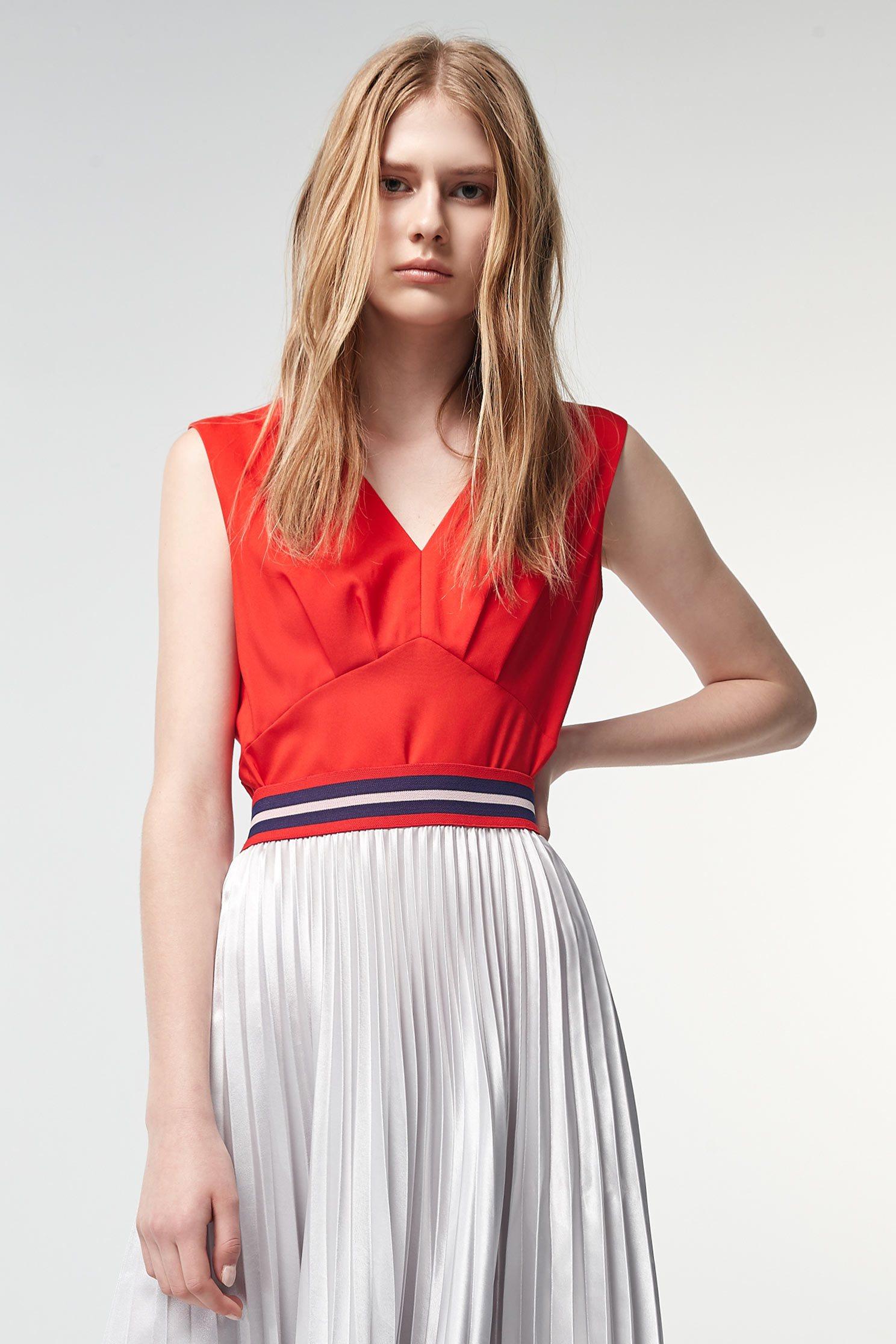 Red sleeveless vest,v-necktop,singlet,top,watersigns,sleevelesstop,vest,vest