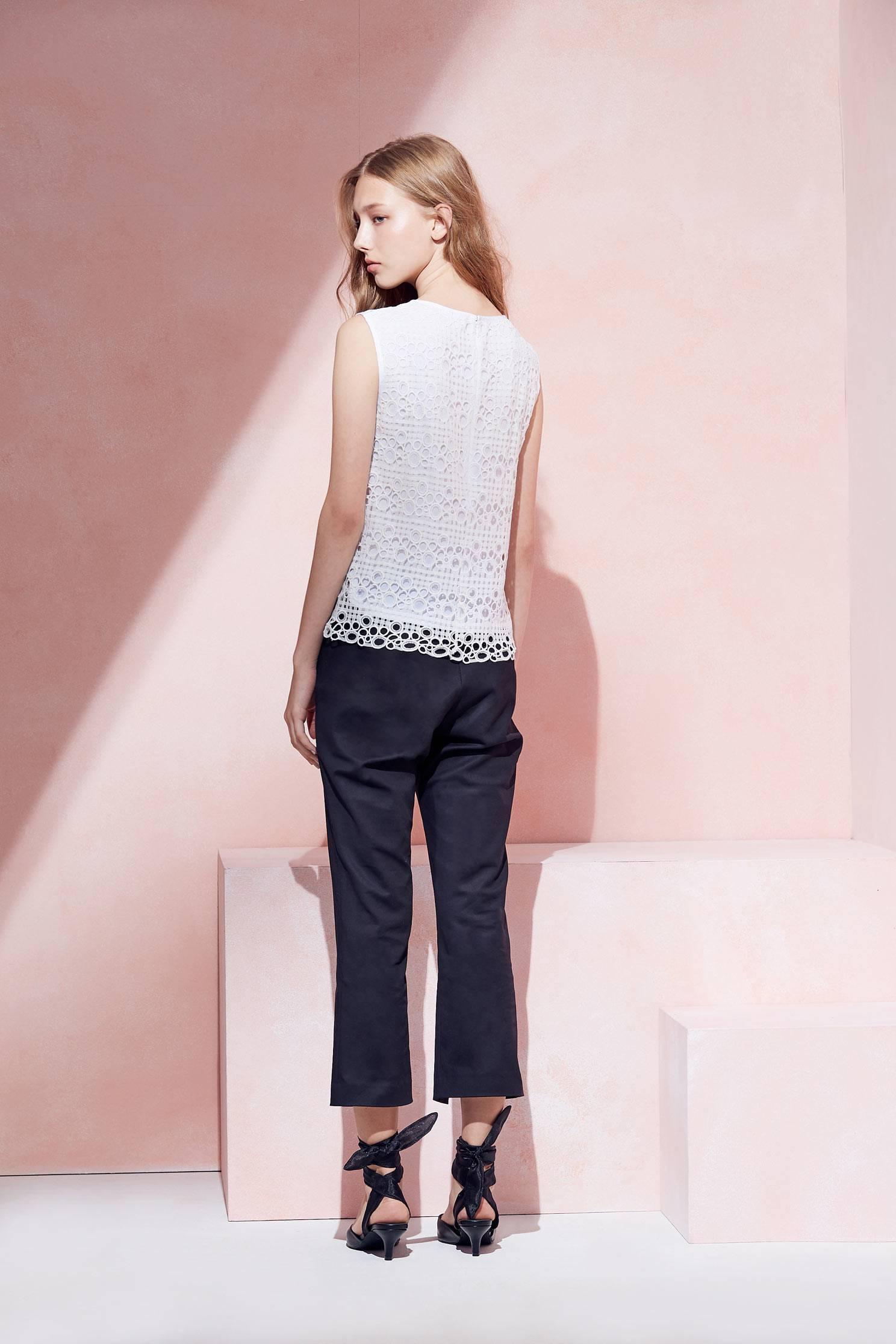 Elegant fashion vest,Singlet,Fire Signs,白色背心,Valentine,vest,Girlfriends spring tour