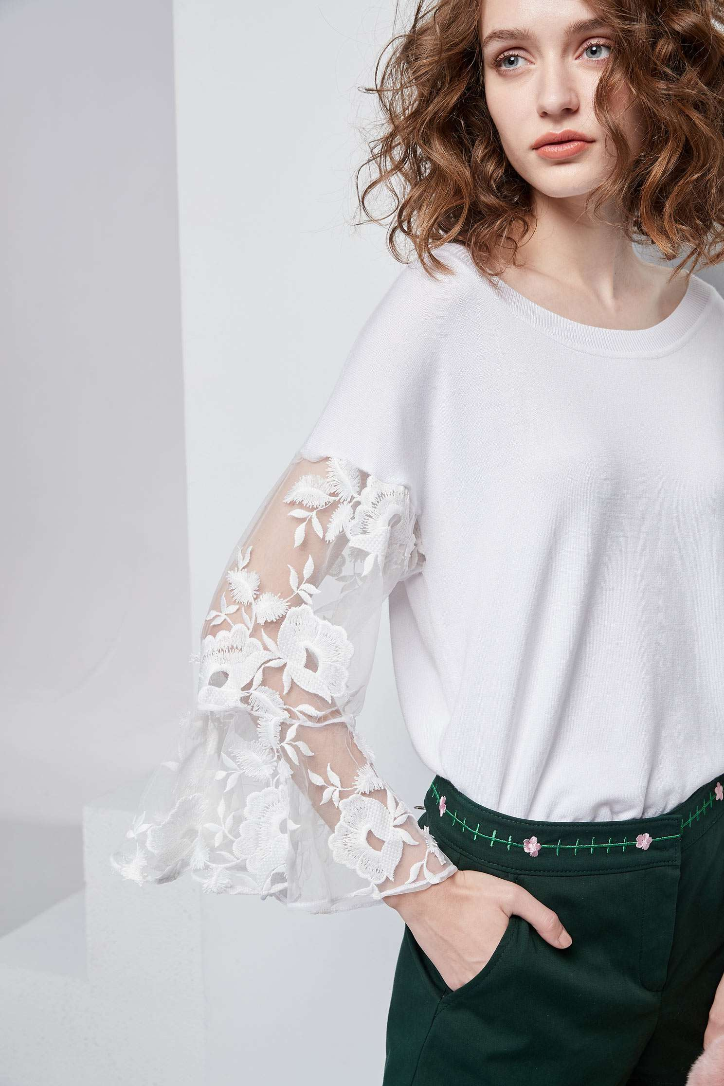 Mixed lace shirts,top,whitetop,lace,lacedtop,see-throughtop,knitting,knittedtop,knittedtop,longsleevetop,girlfriendsspringtour