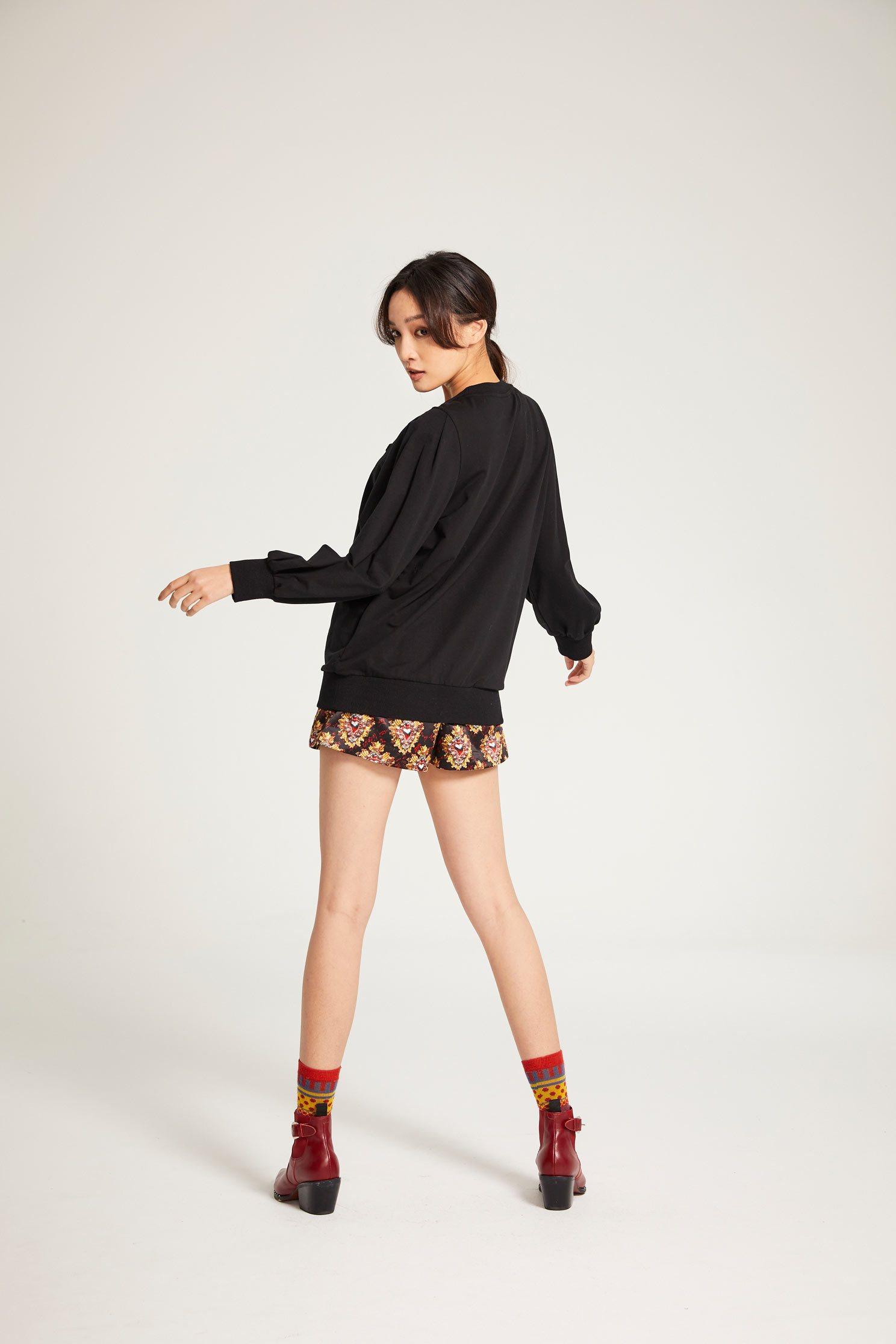Pattern knitted top,t-shirt,top,cotton,fantasypurple,knitting,knittedtop,knittedtop,longsleevetop,blacktop