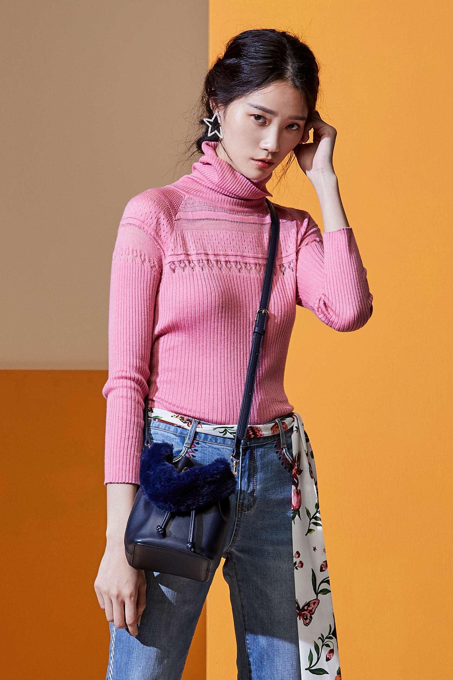 Smoked pink geometry hollow knitwear,top,croptop,knitting,knittedtop,knittedtop