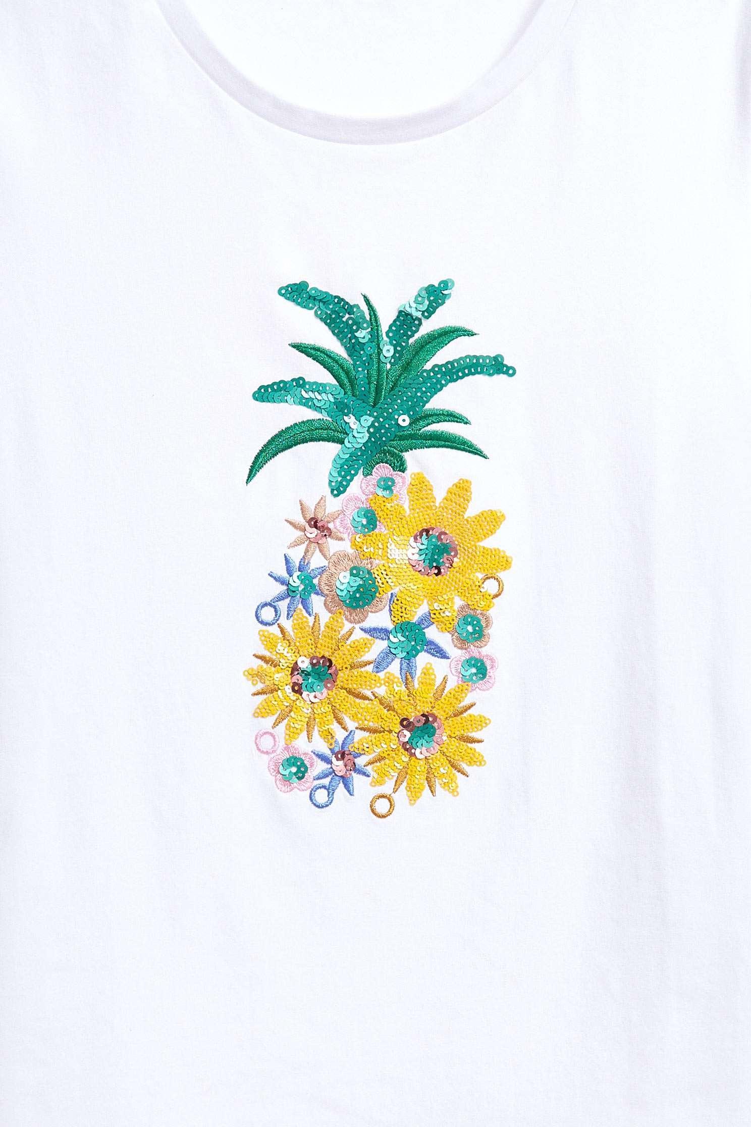 Small flower pineapple top,t-shirt,top,roundnecktop,whitetop,shortsleevetop,cotton