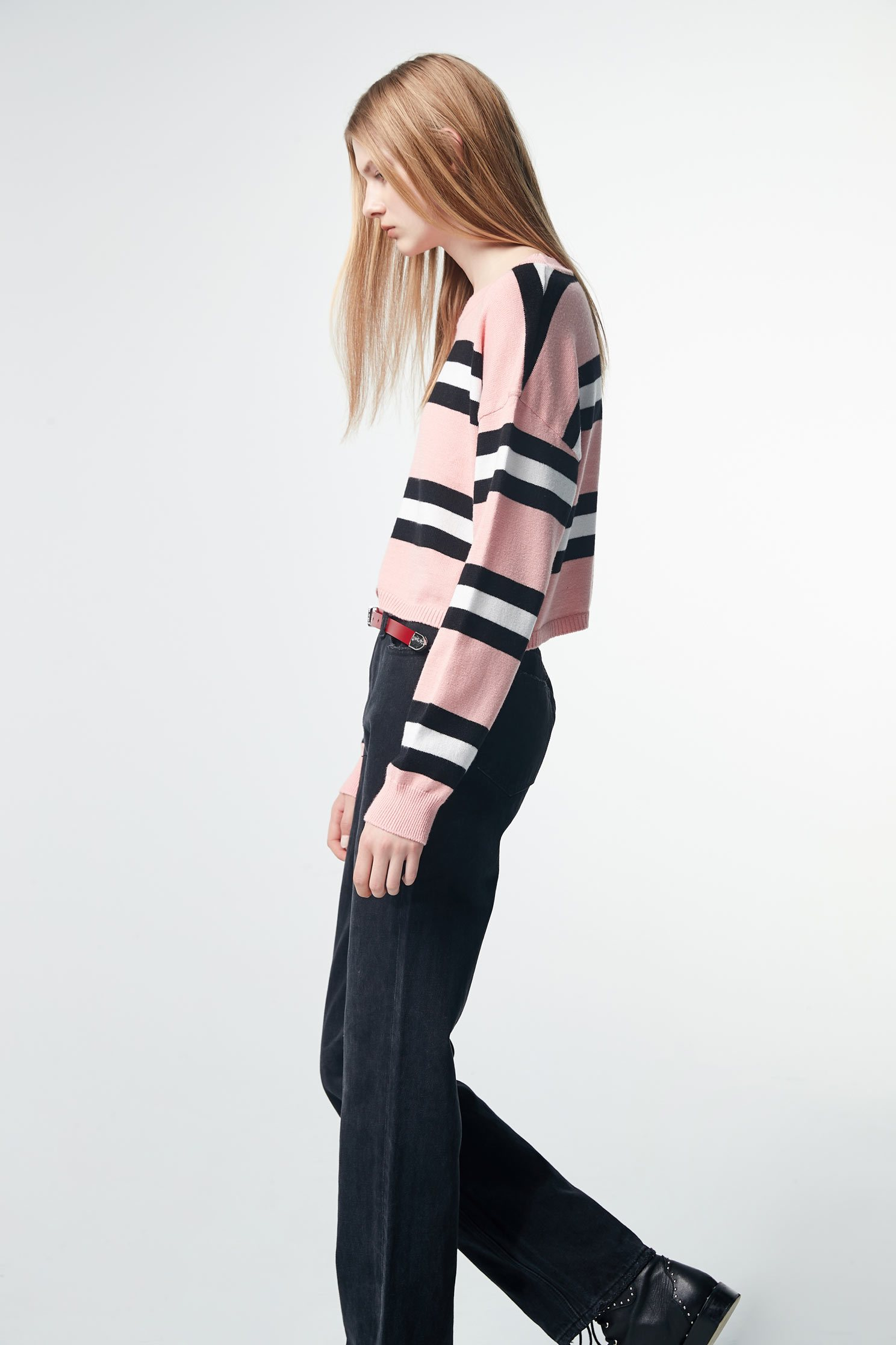 Round-necked striped long-sleeved knit sweater,top,roundnecktop,knitting,knittedtop,knittedtop,longsleevetop