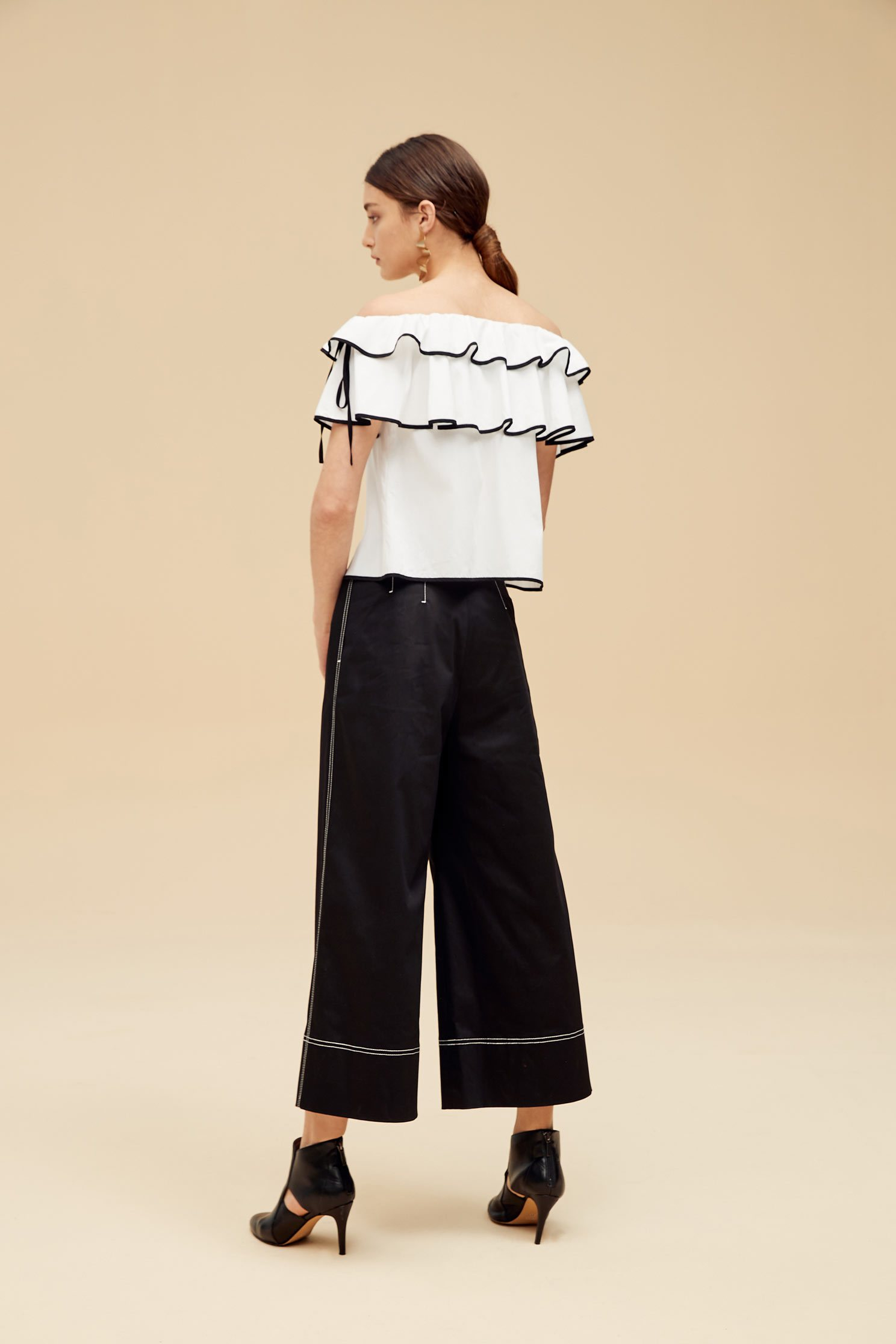 Stringy selvedge top,Off shoulder Top,Top,Rayon,Off Shoulder Top,白色上衣,短袖上衣