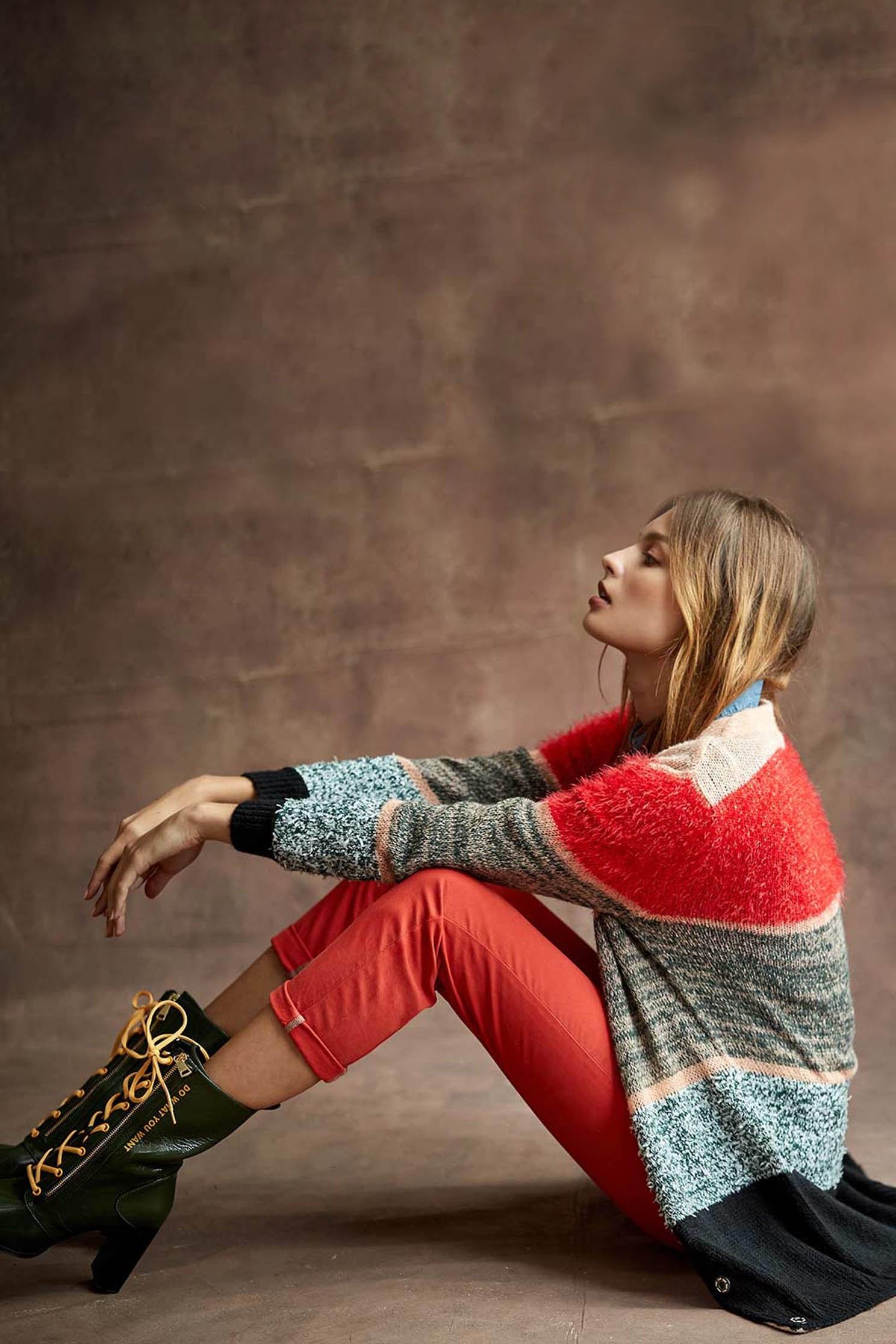 Colored street knit jacket,pantoneblue,outerwear,knitting,knittedjacket,longcoat,longsleeveouterwear