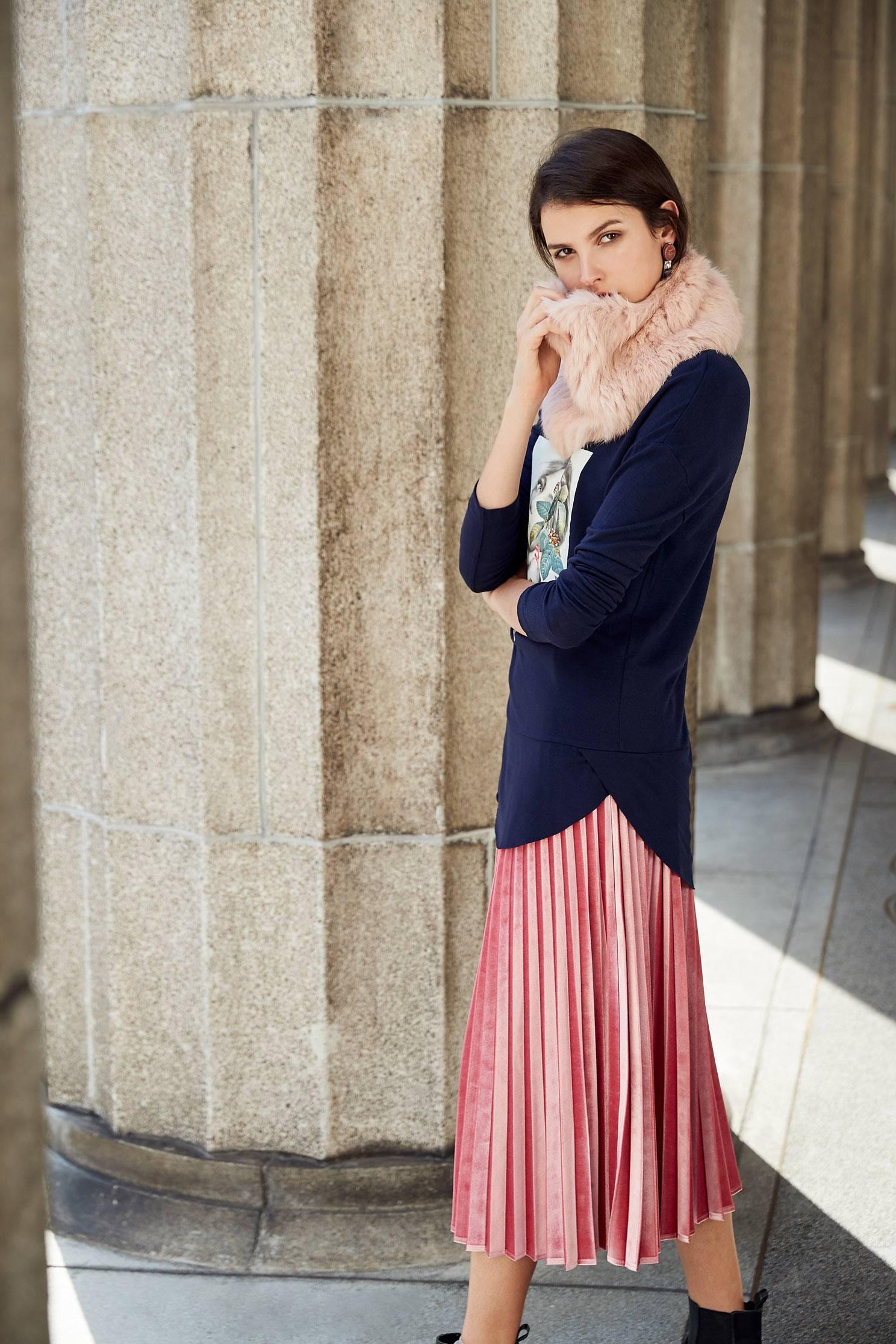 Pleated skirt with pink color,pleats,pleatedskirt,maxipleatedskirt,longskirt