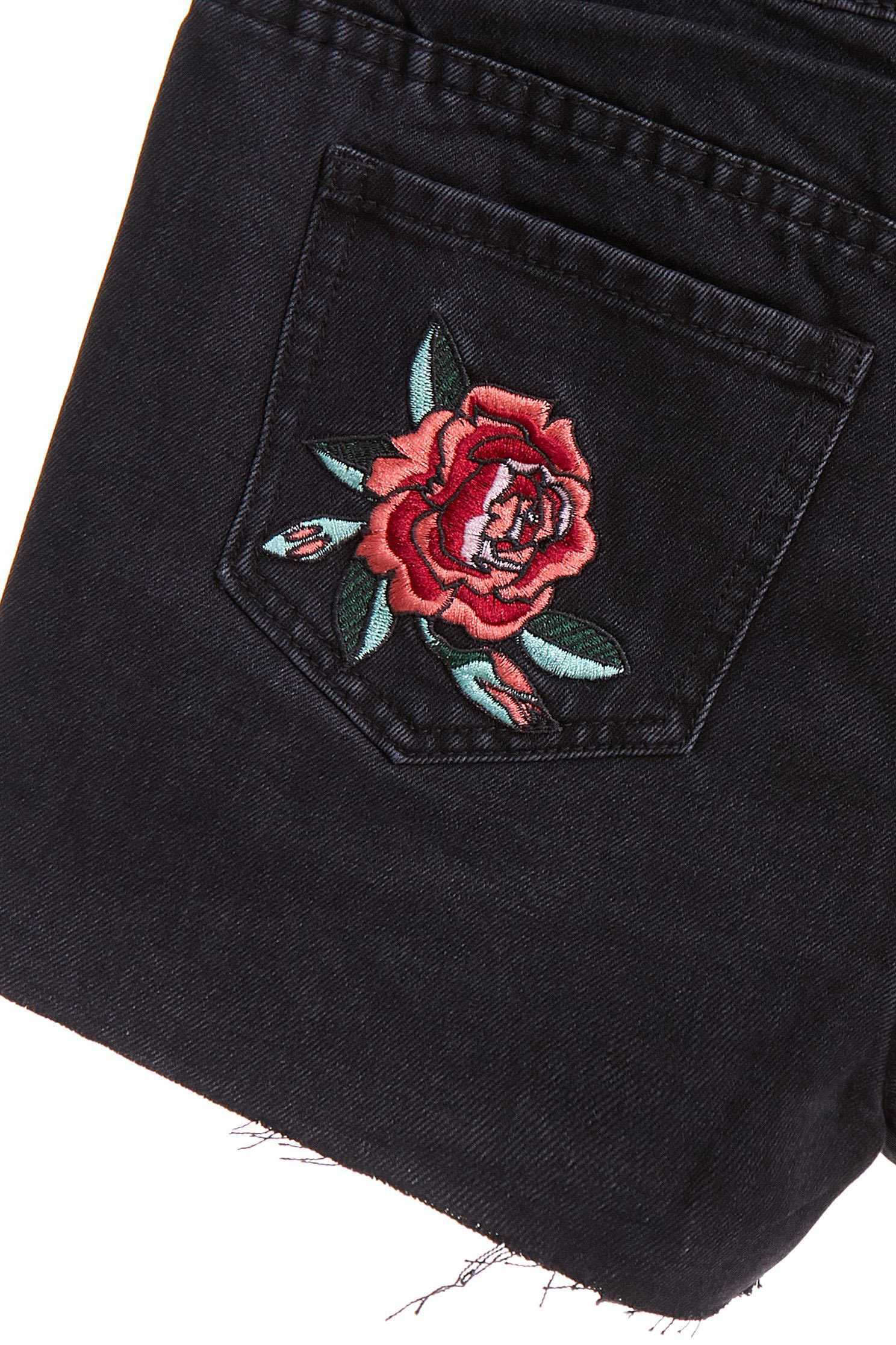 Fahsion street shorts,tanning,embroidery,cowboy,sdenimshorts,jeans,shorts,blackjeans,blackpants