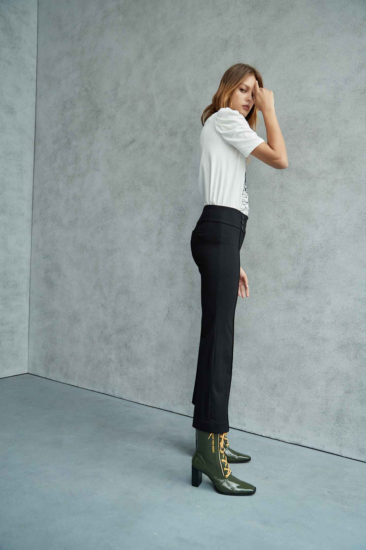 flared jeans,Tanning,Bell Bottom Jeans,cowboy,Jeans,Women's denim trousers,Pants,長褲,Thin pants,Black jeans,黑色褲子,Black trousers