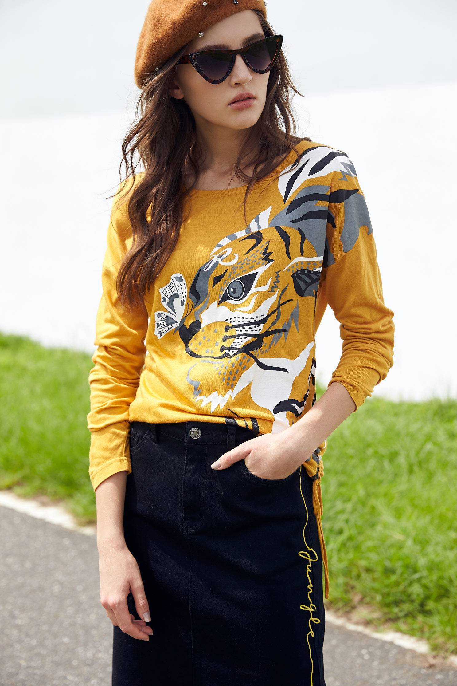 tiger head with drawstring Side long sleeves tops,t-shirt,top,longsleevetop