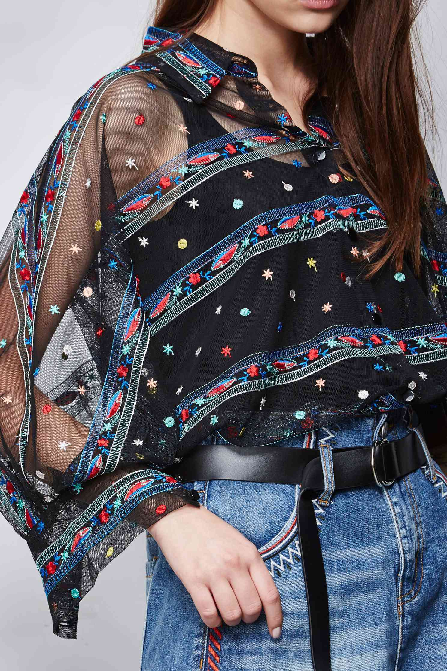 Embroidered street mesh top,Top,embroidery,刺繡上衣,Valentine,Mesh,embroidered,繡花上衣,長袖上衣