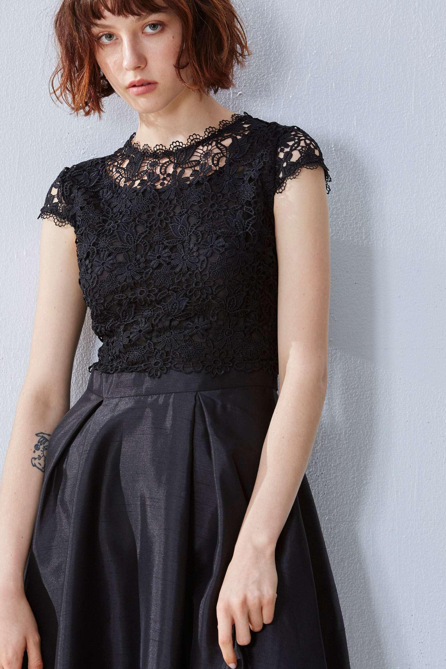 Lace stitching gorgeous dress