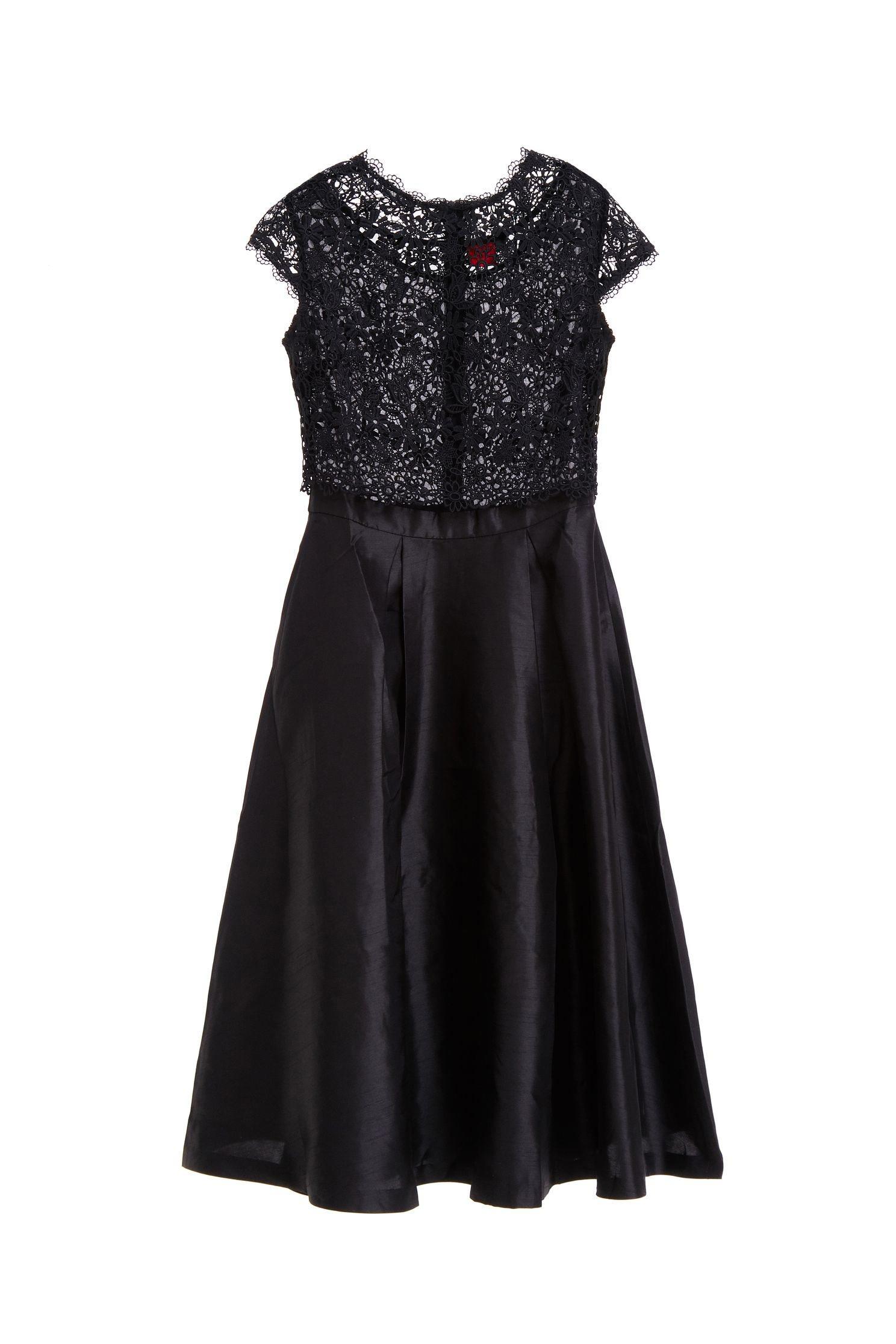 Lace stitching gorgeous dress,cocktaildress,shortsleevedress,lace,lacedress,longdress,blackdress