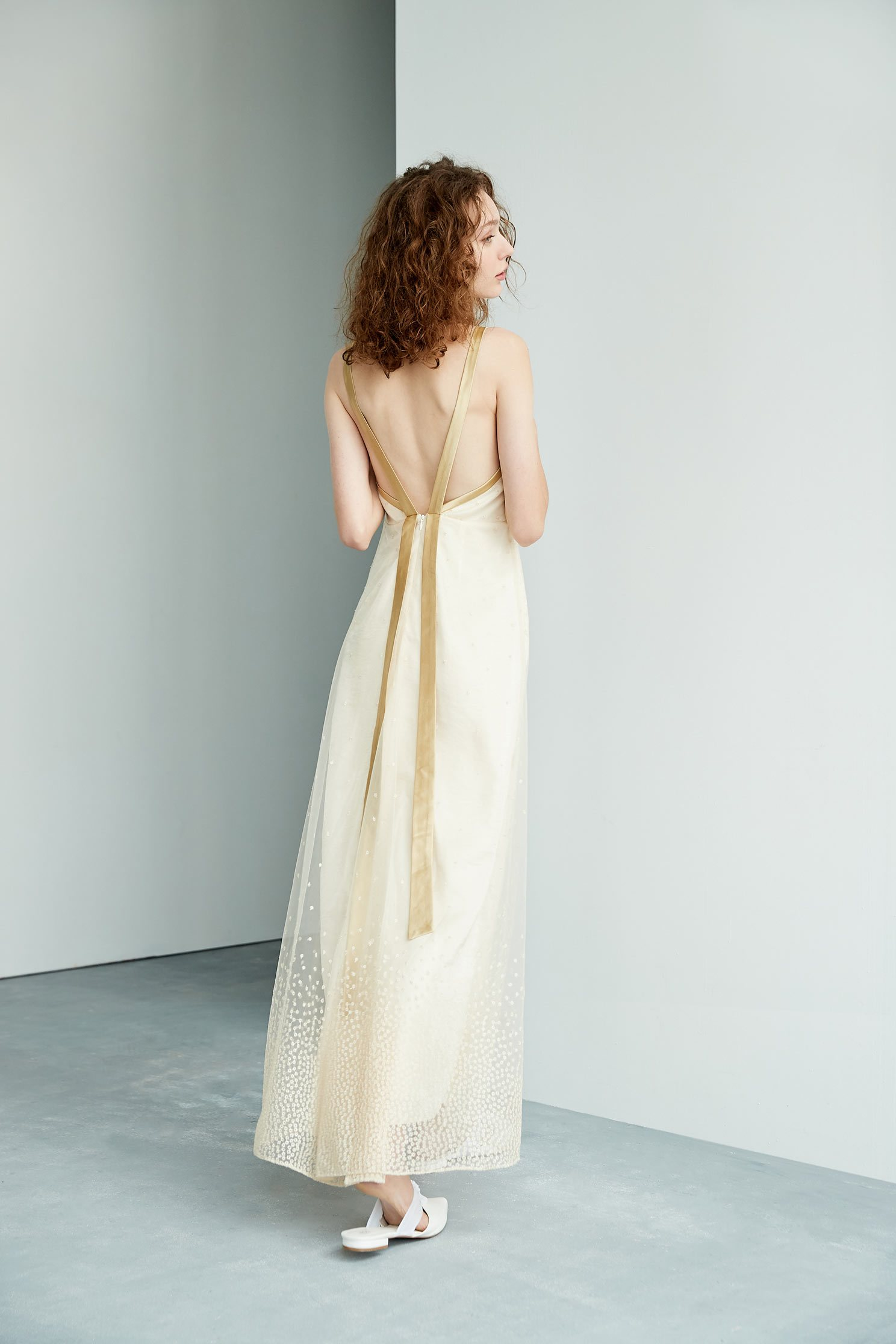 Elegant and gorgeous dress,boatneckdress,embroidery,embroiderddress,cocktaildress,sleevelessdress,eveningwear,spaghettistrap,spaghettistrapdress,embroidered