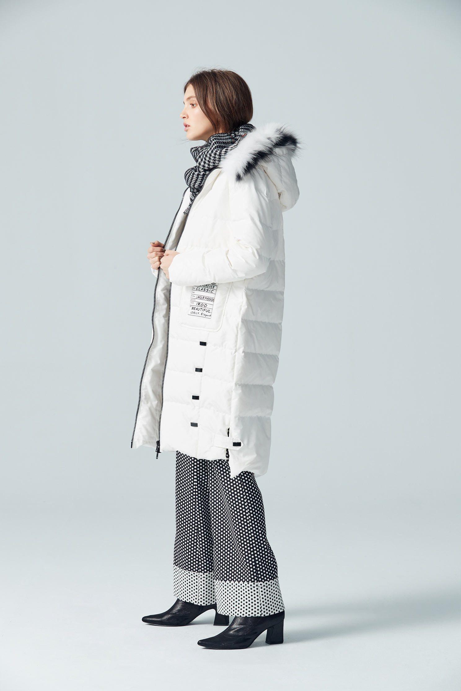 fur trim mid-length down coat,outerwear,whiteouterwear,hoodiejacket,longcoat,longsleeveouterwear