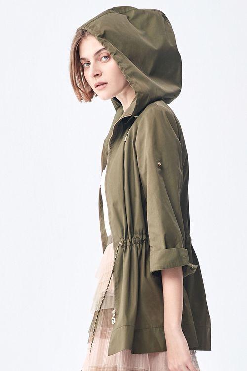 Hooded waist jacket.