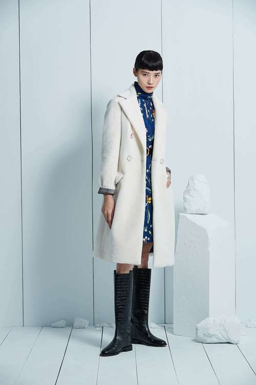 White plaid stitched long fur coat