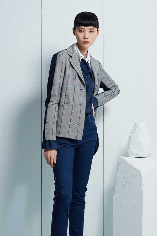 Houndstooth pattern suit