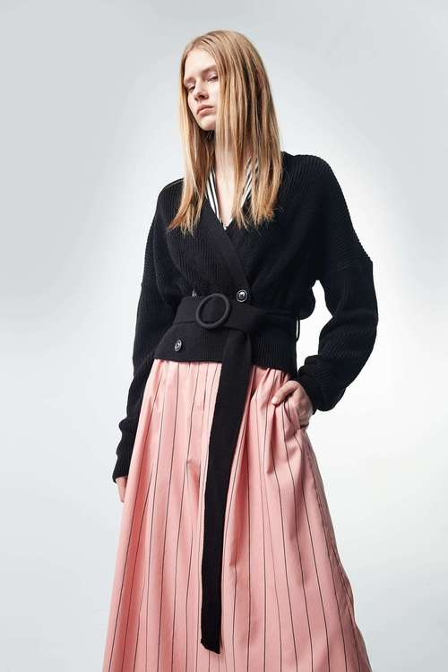 Open-cut strap long-sleeveknit jacket