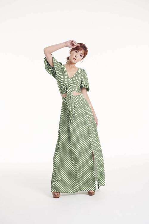 V-word puff sleeve dot set (skirt)