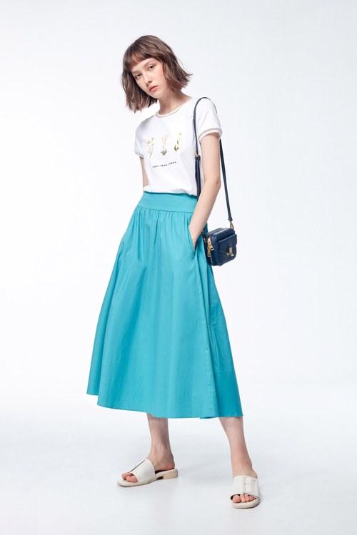 Fresh blue-green round skirt