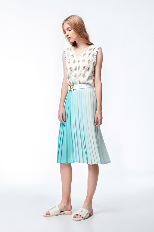 Blue-green multi-colored stitching skirt