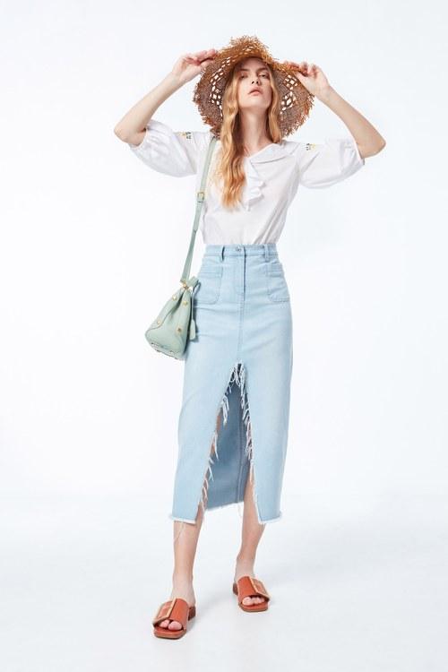 Light blue slit denim skirt
