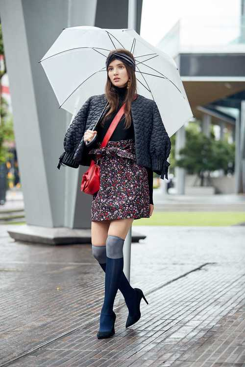 Retro floral totem mini skirt