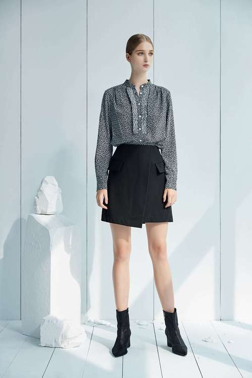 Classic  asymmetrical tailoring skirt