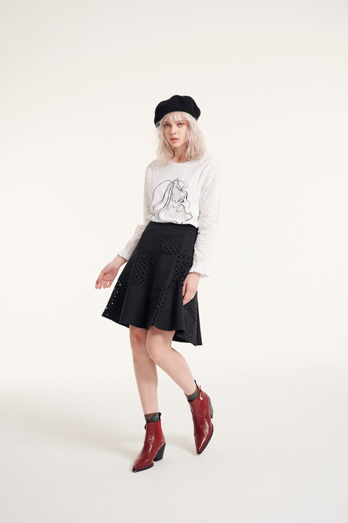 Hollow carving skirt