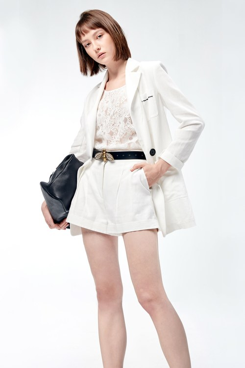 White hemp shorts,bellbottomjeans,pants,pants,shorts,shorts