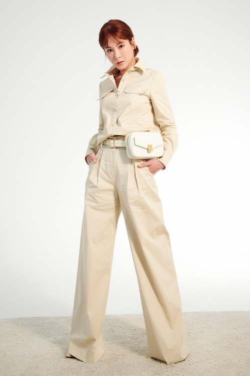 Two-piece trousers(Claire co-branding item)