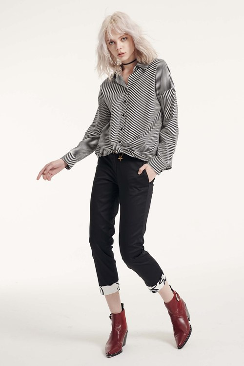 Back-fold printed trousers