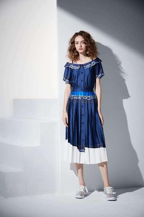 Baroque style dress
