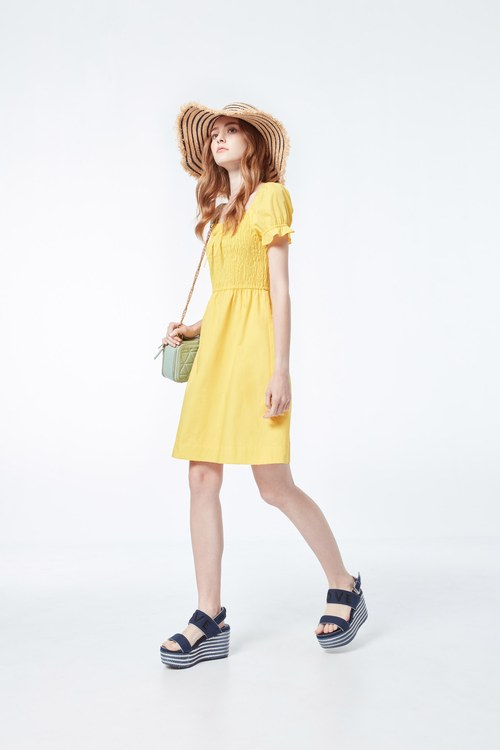 GATHERED elastic bright dress