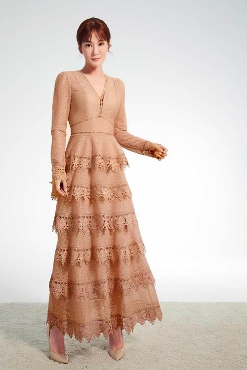Nude lace layered dress