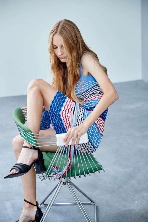 Three-dimensional weaving color dress