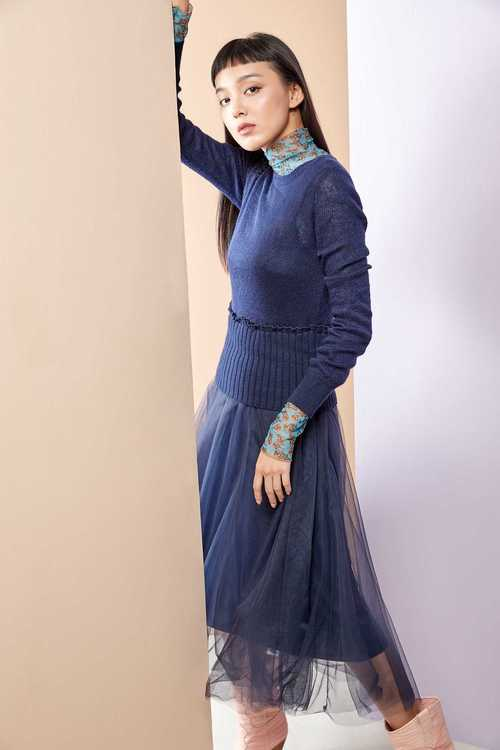 Knitting gauze dress