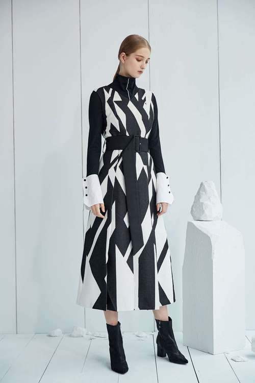 Geometric fur round-neck sleeveless dress