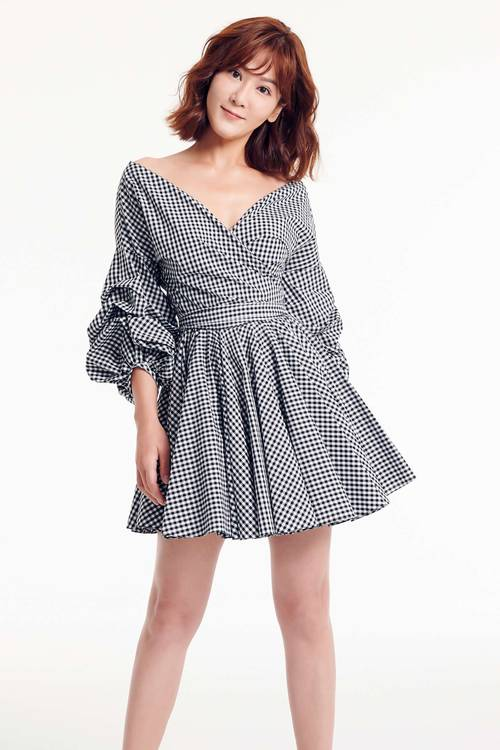Puff sleeves plaid dress(Claire co-branding item)