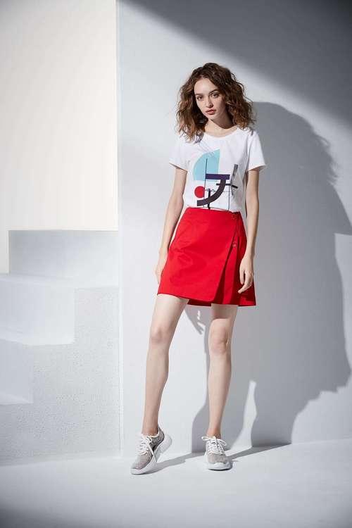 Irregular design T-shirt